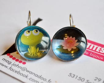 earring asymmetric cabochon frog and his water lily