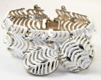 Vintage Monet White Enamel Gold Tone Link Panel Bracelet and Earrings Set Demi Parure (BR-4-2)