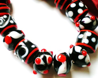BRW Lampwork glass beads  15 assorted red white black dyi supply (SB1)