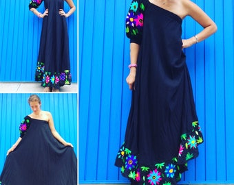 Viva Mexico! Black Linen Maxi dress, perfect for every Fiesta!