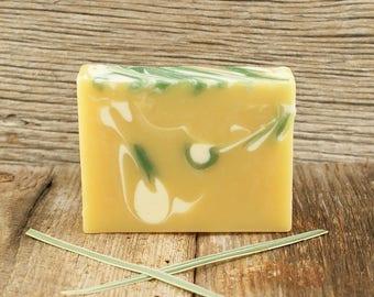 Savon citronnelle agrume | Savon à l'huile essentielle, savon naturel, savon agrume, savon tourbillonné, idée de cadeau pour femme, homme, lui, elle, amis