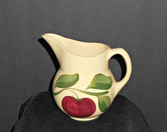 No 15 Watt Pitcher,Watt Yellow Ware,Original Watt Apple Pitcher,Watt Apple Pottery,Watt Pottery,Watt Pitcher,Original Apple Watt Pottery,