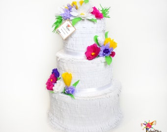 Wedding cake Pinata with meadow flowers
