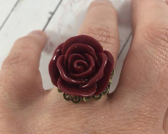 Vintage Inspired Burgundy Flower Statement Ring with Bronze Ring Base // Adjustable Fashion Ring