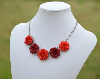 Five Red Roses Centered Necklace, Red Flower Centered Necklace