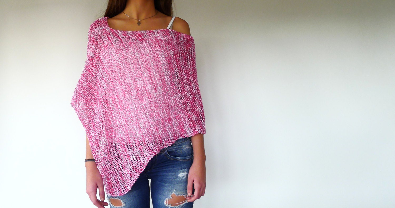 Poncho de verano rosa. Top de verano hecho a mano. Ropa de