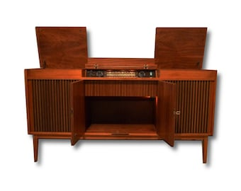 Telefunken Stereo Console Modernized with All New High End Electronics / New turntable / Bluetooth