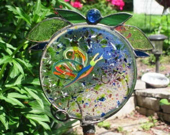 fused glass garden stake, butterfly sparkles in sunshine, jewels and stained glass leaves