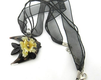 "1 Lampwork Glass Angel Fish Pendant on Organza Ribbon Necklace 17"" (J1j4)"