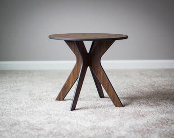 Accent Table, Walnut Table, Side Table, Interior Table, Console Table, Small Table, 360Five Table