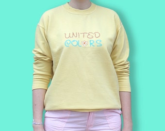 90s Yellow Sweater United Colors of Benetton - Pastel Yellow Crewneck Jumper Embroidered with Daisies - Normcore Floral Benetton Sweat