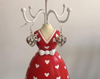 Silver openwork heart earrings