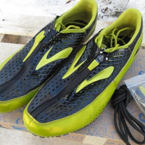 Brooks unisex running track shoes size 11.5 lime green & black running shoes