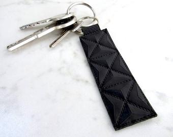 Minimalist Key Fob - Leather Keychain - Minimalist Key Ring - Black Leather Key Fob - Mens Gift - Boyfriend Gift - His and Hers Keychain