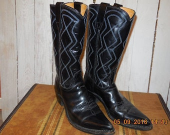 Vlack leather boots with blue stitching, Mens size 7 1/2D,  made in the USA.