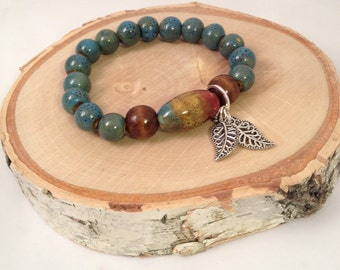 Blue and brown Speckled Ceramic and Wood Bead Stretch Braclet
