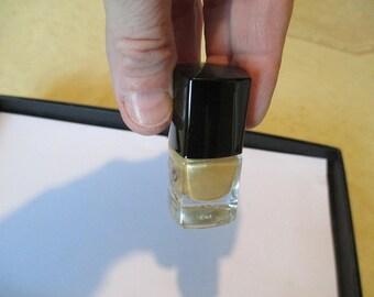 Nail Polish gold color