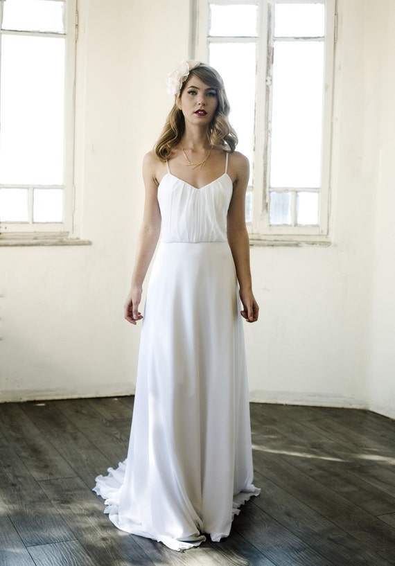 Long white chiffon wedding dress