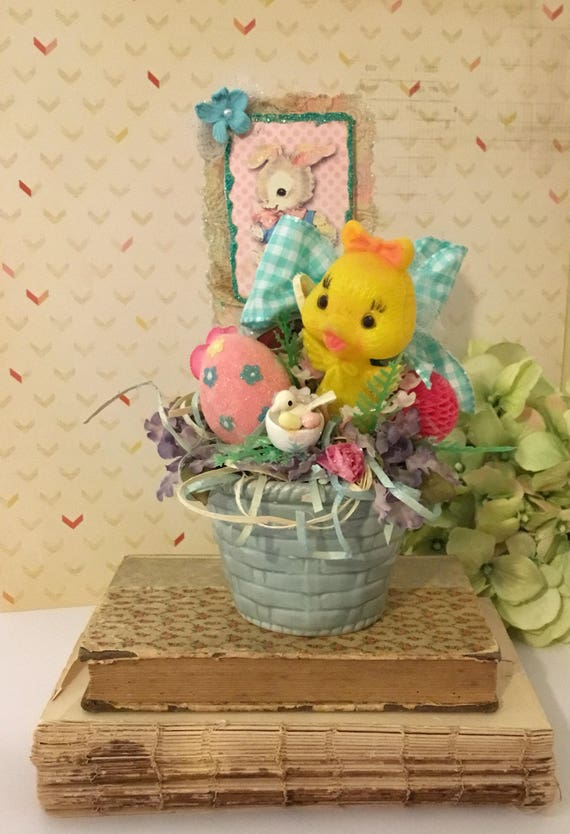 Vintage easter basket centerpiece small tabletop display vintage easter basket centerpiece small tabletop display kitschy plastic easter chick easter bunny card glittered eggs spring decor negle Images