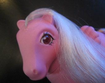 Vintage, Rare My Little Pony - MLP - LOCKET- G1 1980s Female PEGASUS from the Twinkle Eyed Ponies Series - 3 Keys Cutie Mark - Beautiful!