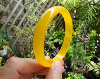 """Vintage 1/2"""" Bakelite Bracelet! Bright Semi Translucent Lemon Drop Yellow Color!"""