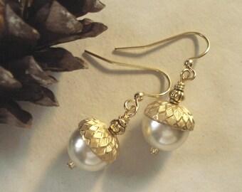 Acorn PaleCream/Ivory Pearl Gold  Earrings ONLY, Bridal/Wedding Pale Cream/Ivory Acorn Earrings, Acorn Gold Earrings