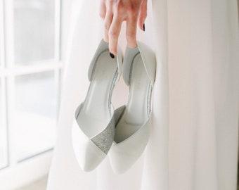 Wedding shoes, white wedding shoes, bridal ballet flats, low wedding shoes, bridal flats, wedding flats, silver flats, ballet flats