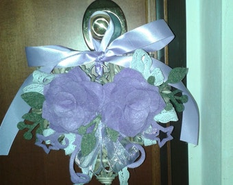 Outdoor wicker and felt heart lilac