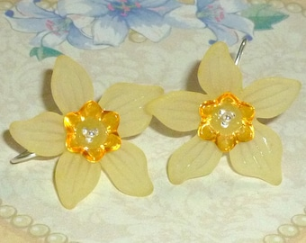 Daffodil Earrings, Spring Daffodil and Sterling Silver Earrings - You Choose Color - Daffodil Jewelry - Spring Earrings