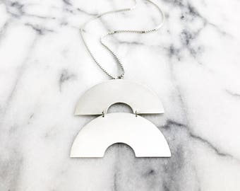 Double Arch Necklace