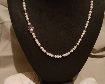 Hanna hand beaded necklace