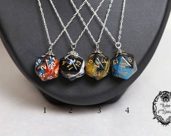 -Collection RPG - D20 dice necklace 925 Silver - color