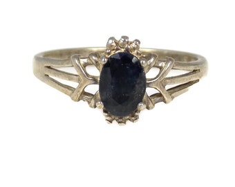Sterling SIlver Sapphire Ring Size 7.5 Marked Nevada Silver Company