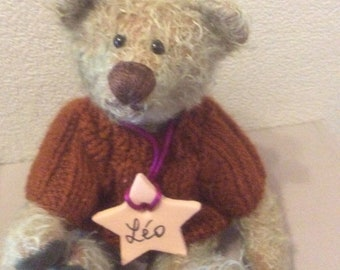 Leo, COLLECTIBLE bear - handmade - pattern only