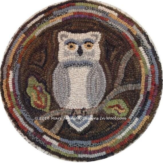"""Rug Hooking PATTERN, Woodland Owl Chair Pad or Table Mat, 14"""" Round, J897, DIY Primitive Rug Hooking, Wide Cut Rug Hooking"""