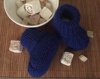 Baby botties, handmade booties, knitted booties, blue booties. 3-6 months