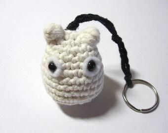 Tiny Totoro keyring. Crochet totoro keychain. Handmade crochet keyring. Amigurumi totoro. crochet totoro. white totoro.