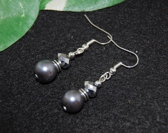 Pearl Dangle Earrings,Bridesmaid Earrings,Bride Jewelry,Glass Pearl Rhinestone Earrings,Beaded Earrings,Drop Earrings,Dangle Earrings,Grey