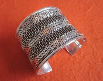large Balinese Silver sterling  Bangle / silver 925 / Bali  handmade jewelry / (#331m)