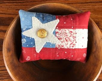 Kit; patriotic flag bowl filler/wool kit/fun and easy to make