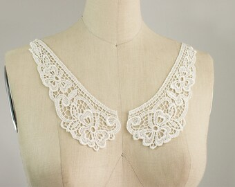 IVORY Venise Floral Peter Pan Lace Collar / Neckline / Edwardian Lace Necklace / Two piece Peterpan Collar