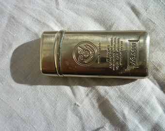 Eagle on Top of Earth, Wind Proof Lighter No.5888, It Fights Against the Wind