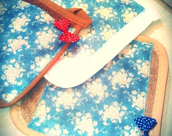 Kitchen towel/Potholder hand made, Queen flower motifs with near and small bow