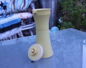 1960's Vintage Tupperware #1246 Salad Dressing / Oil Cruet - Excellent Condition