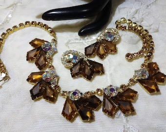 This Stunning Vintage Juliana (DeLizza and Elster) Cognac and AB  Kite Rhinestones Necklace and Earrings
