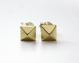Pyramid Stud Earrings (brass)