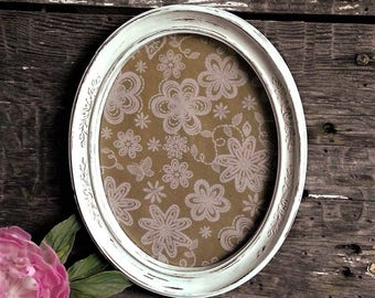 White Oval Frame With Glass 8 X 10 Picture Ornate French Country Wall
