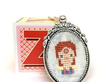 David Bowie necklace Cross stitch necklace Embroidery jewlery David Bowie jewelry Miniature portrait Ziggy Stardust Pendant Gifts under 50