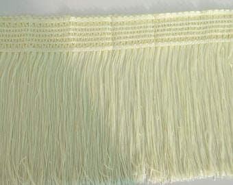 1 meter of charleston cream fringe trim