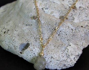 14k soild gold necklace with 1.72ct Rough diamonds .handmade free shipping